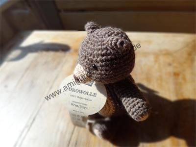 Amigurumi-Teddy-Bär mit Banderole
