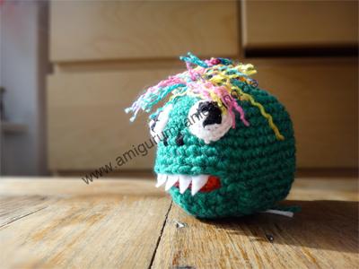 Augen des Amigurumi-Monsters Oliver