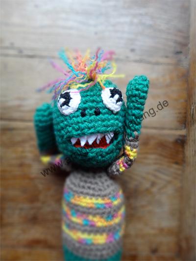 Portrait von Amigurumi-Monster Oliver